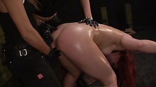 Two mistresses ties up and fuck sex-appeal hooker Kimber Homeland in slay rub elbows with dark BDSM room