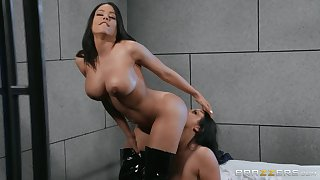 Angela Washed out spreads Luna Star's hands to eat her wet added to shaved pussy