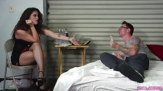 Lesbian threesome forth Victoria Voxxx gives the subdue orgasm usually